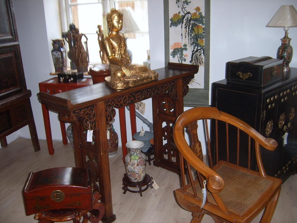 Green kinesiske møbler
